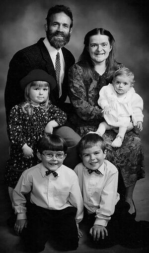 Пат и Иоанна с маленькой Анной-Марией