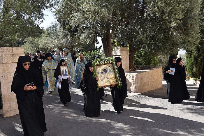 Празднование в честь иконы Божьей Матери Троеручица в Елеонском женском монастыре