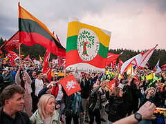 Lithuanian president addresses rally against 'genderist propaganda', backs traditional families
