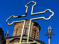 Βεβήλωσαν τον Ναό της Αγίας Πέτκας στο Κοσσυφοπέδιο