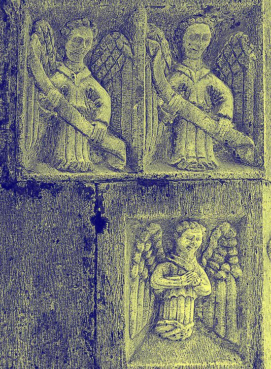 Резные фигуры ангелов в соборе Св. Брендана в Клонферте, Ирландия