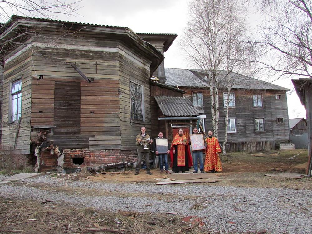 Ο Ιερός Ναός Αγίου Νικολάου του Θαυματουργού, στον οικισμό Κεμσκι, περιοχή Σολομπάλα, της πόλης Αρχάγγελος