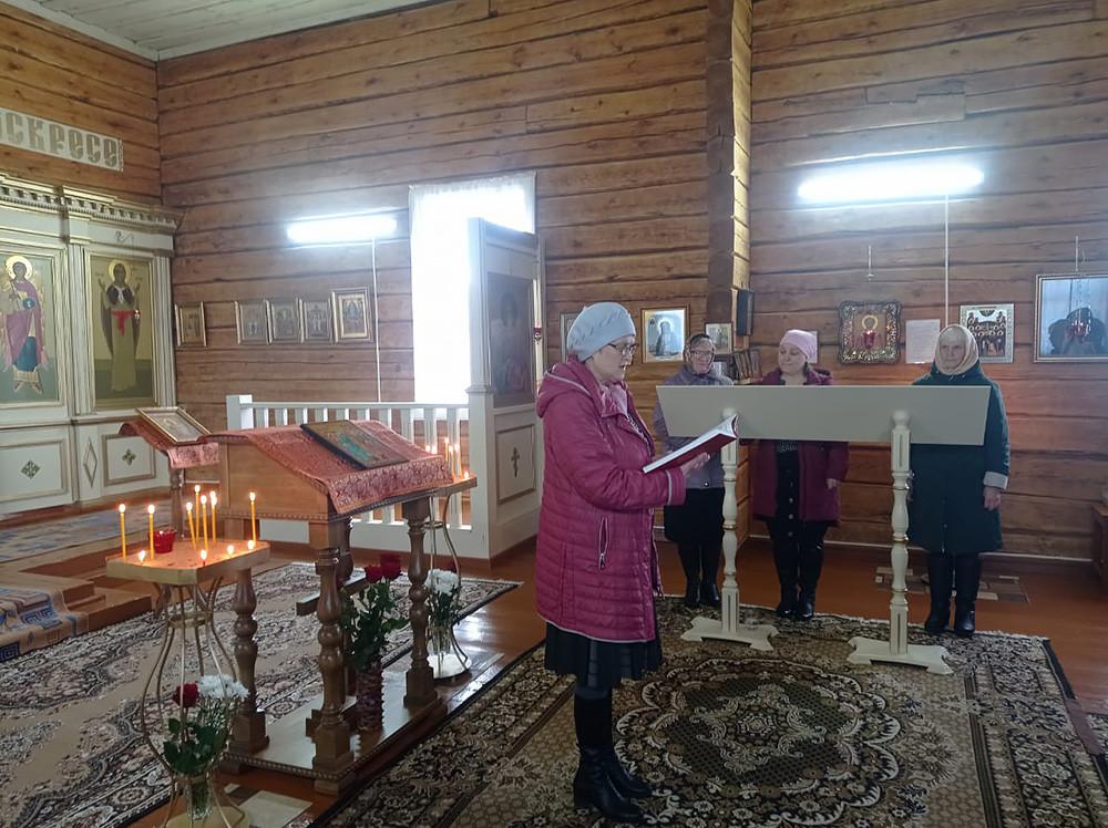 Συγκρότημα ναών. Ο Ιερός Ναός Αγίου Μεγαλομάρτυρα Γεωργίου του Τροπαιοφόρου και ο Ιερός Ναός του Προφήτη Ηλία, στο χωριό Μπολσόι Μπορ