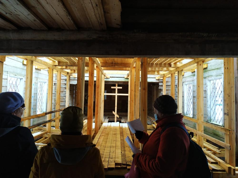 Храм во имя Тихвинской иконы Божией Матери, село Демидовское (Нижняя Пуя)