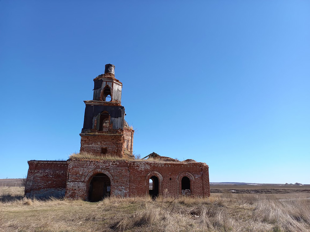 Ο Ιερός Ναός Μεταμορφώσεως του Κυρίου, του 1774, στο χωριό Ρούσκαγια Σερντά