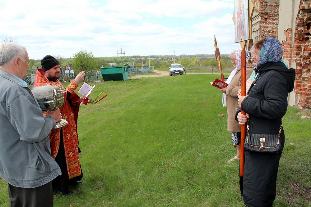 Ο Ιερός Ναός Κοιμήσεως της Υπεραγίας Θεοτόκου, στο χωριό Κούζοβκα