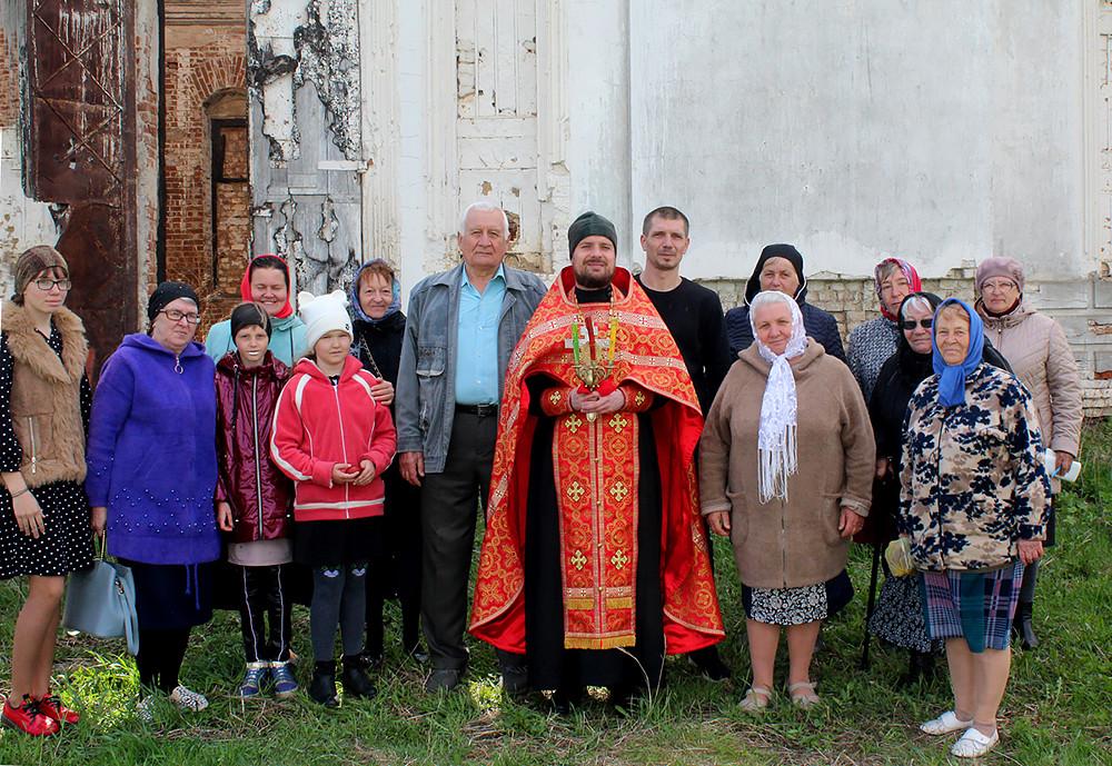 Храм Покрова Пресвятой Богородицы, село Синявка