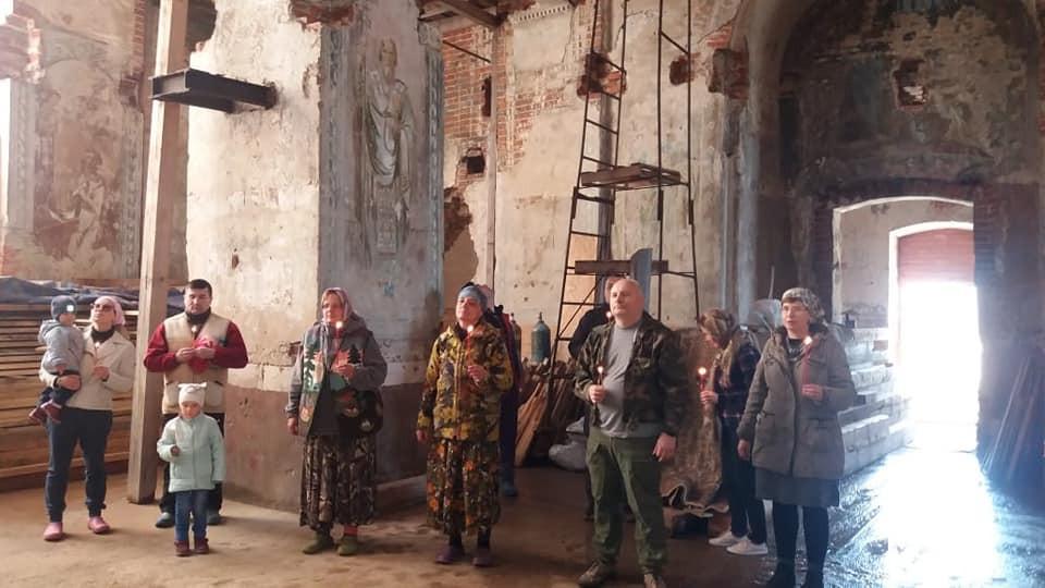 Ο Ιερός Ναός Γενεσίου της Υπεραγίας Θεοτόκου, στο χωριό Βερχοβλιάν