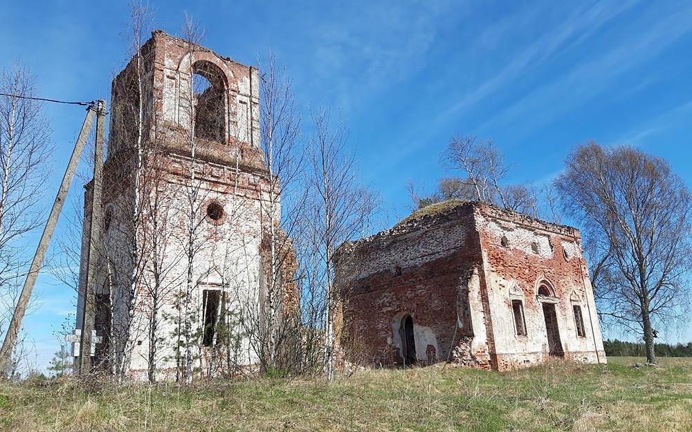 Храм Троицы Живоначальной, деревня Старый Березай