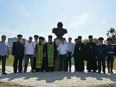 Памятник святому Александру Невскому освящен в Кантемировской дивизии