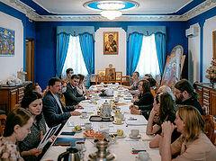 Представители Церкви и Департамента труда и соцзащиты Москвы обсудили вопросы помощи COVID-больным