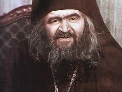 Σεργκέι Κάλφοβ: «Την ημέρα του θανάτου του ο άγιος Ιωάννης προσευχόταν στο ιερό, για ασυνήθιστα μεγάλο χρονικό διάστημα»