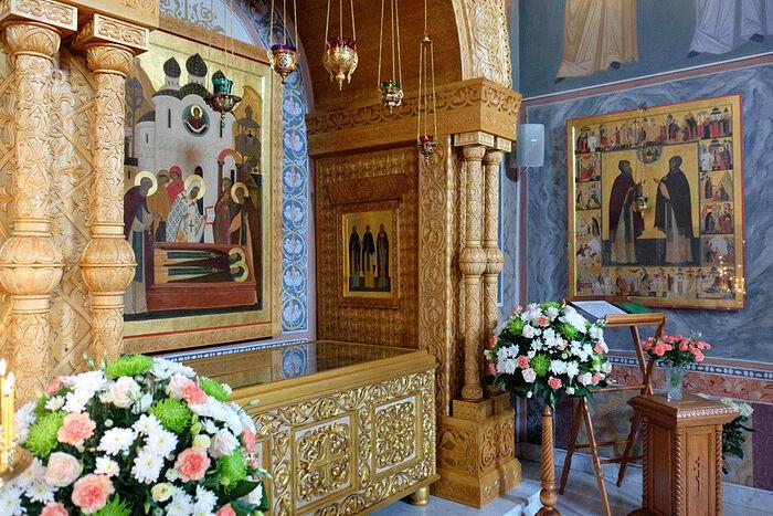Мощи преподобных Кирилла и Марии Радонежских
