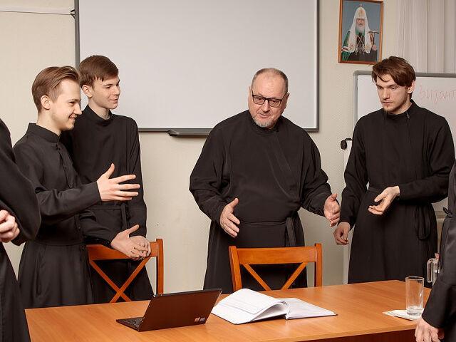 Владимир Кириллин с семинаристами