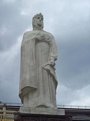 Памятник св. княгине Ольге в Киеве. Скульптор И. Кавалеридзе
