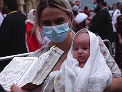 1,600 babies baptized in Georgia as Godchildren to beloved Patriarch Ilia