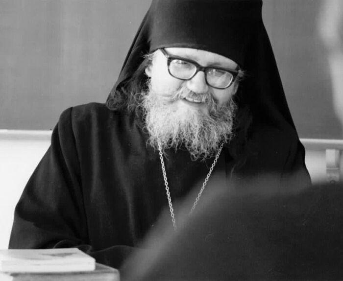 Архимандрит Сергий (Ромберг) преподавал Литургику в нашей семинарии