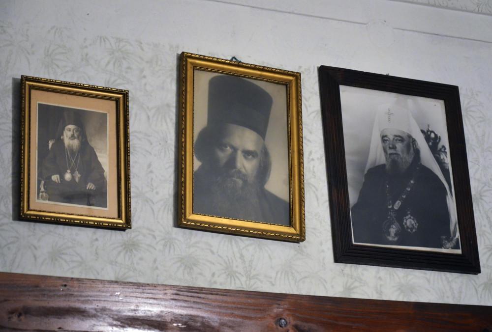 Митрополит Иосиф (Цвиевич), свт. Николай (Велимирович) и Патриарх Сербский Викентий (Проданов)