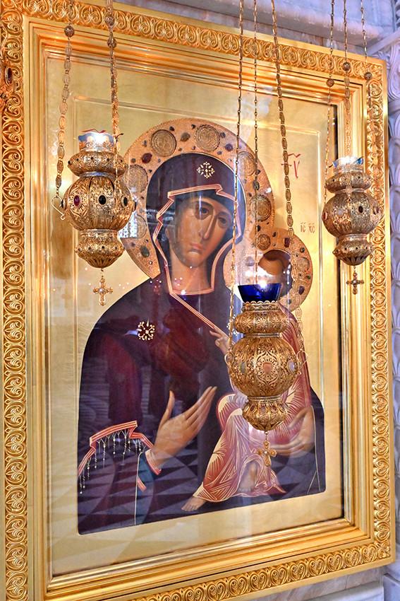 Икона Божией Матери «Тихвинская» работы сестер обители