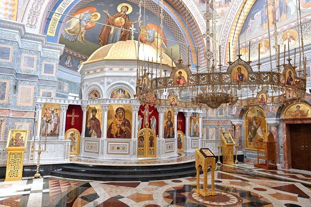В храме иконы Божией Матери «Всех скорбящих Радость»
