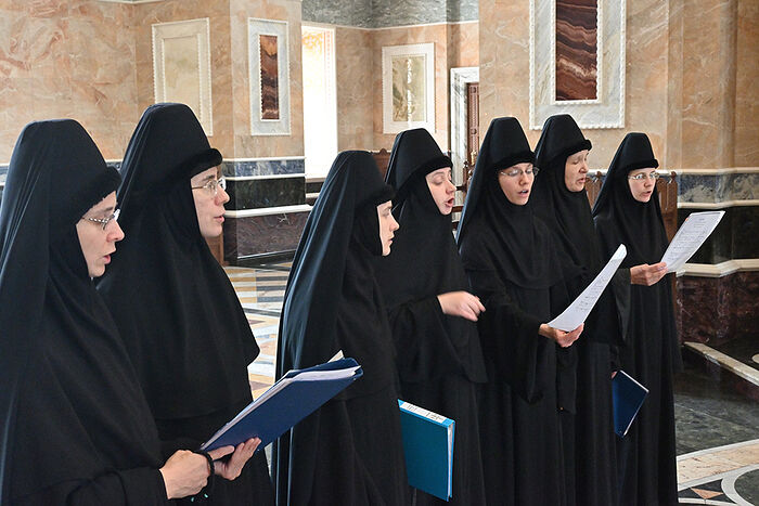 Сестры Александро-Невского Ново-Тихвинского женского монастыря