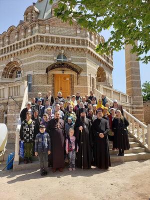 Посещение храма Архангела Михаила епископом Павлом