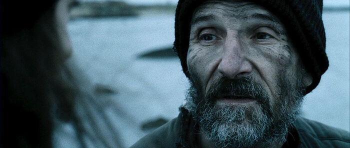 Петр Мамонов в роли отца Анатолия. Кадр из фильма «Остров»