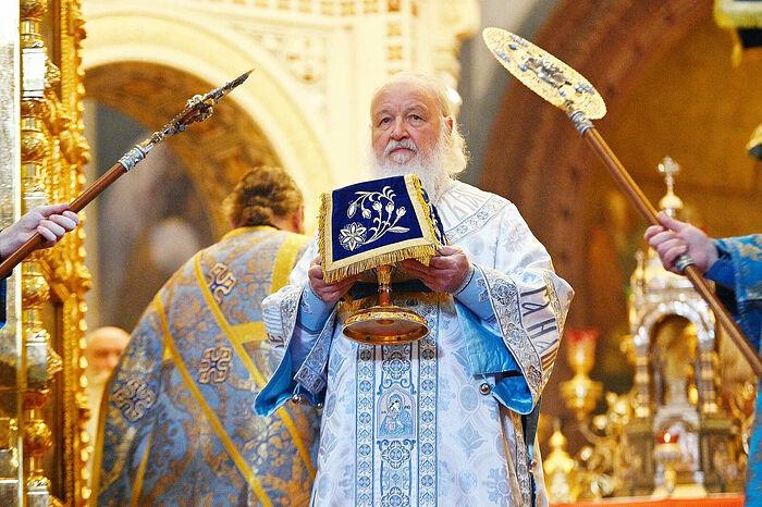 Патриаршее служение в праздник Успения Пресвятой Богородицы в Храме Христа Спасителя. Фото: patriarchia.ru