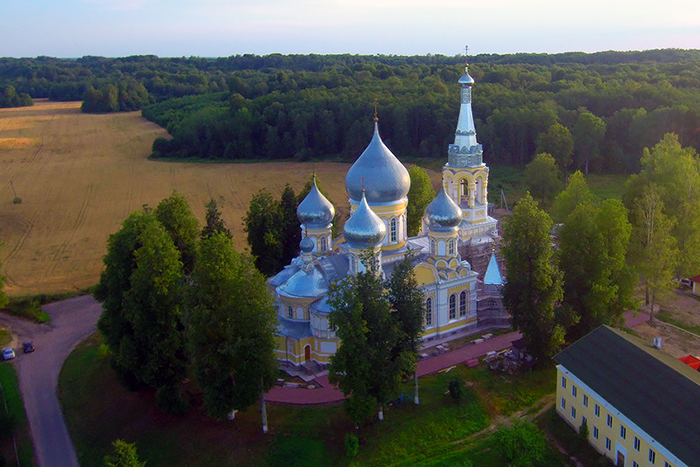 Храм Рождества Богородицы в селе Пенино