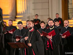 Romanian Byzantine choir offering concerts throughout America (+VIDEO)