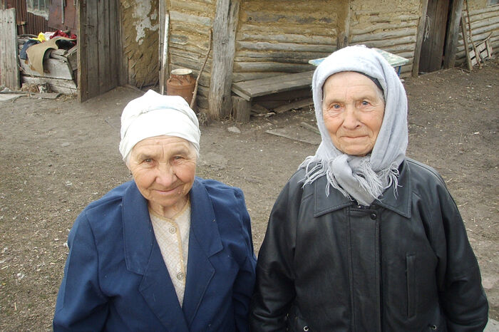 Баба Клава и баба Маруся