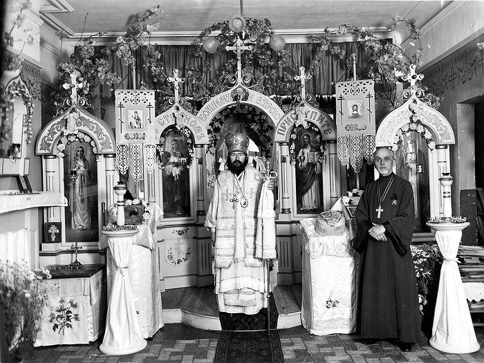 Ονομαστική εορτή του Αγίου Ιωάννη. Σαγκάη, έτος 1943