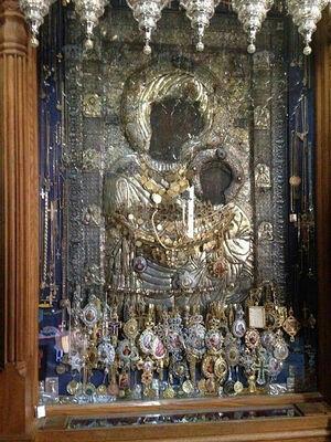 Икона Пресвятой Богородицы в Иверском монастыре