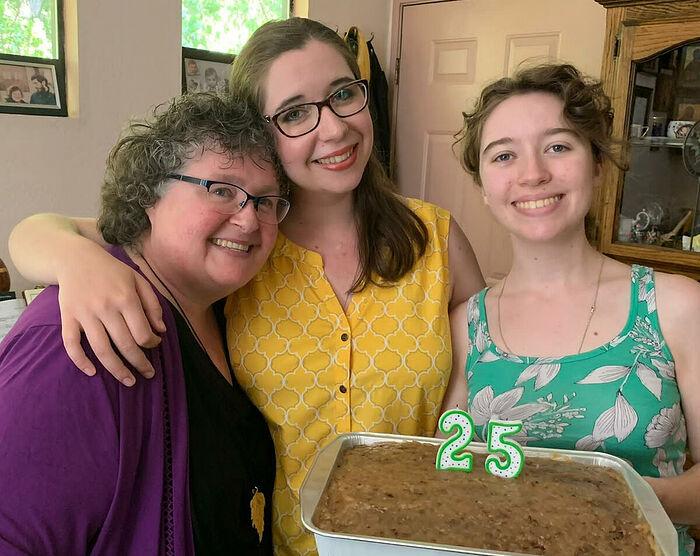 Матушка Сусанна с дочками в день рождения Александры