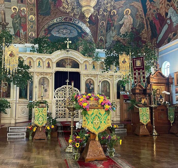 В Свято-Вознесенском храме, Сакраменто