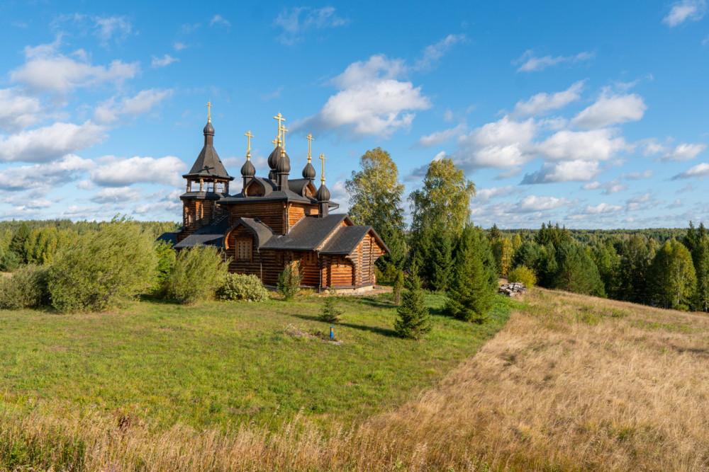 Ο Ιερός Ναός Πάντων των εν τη Σιβηρική γη διαλαμψάντων Αγίων