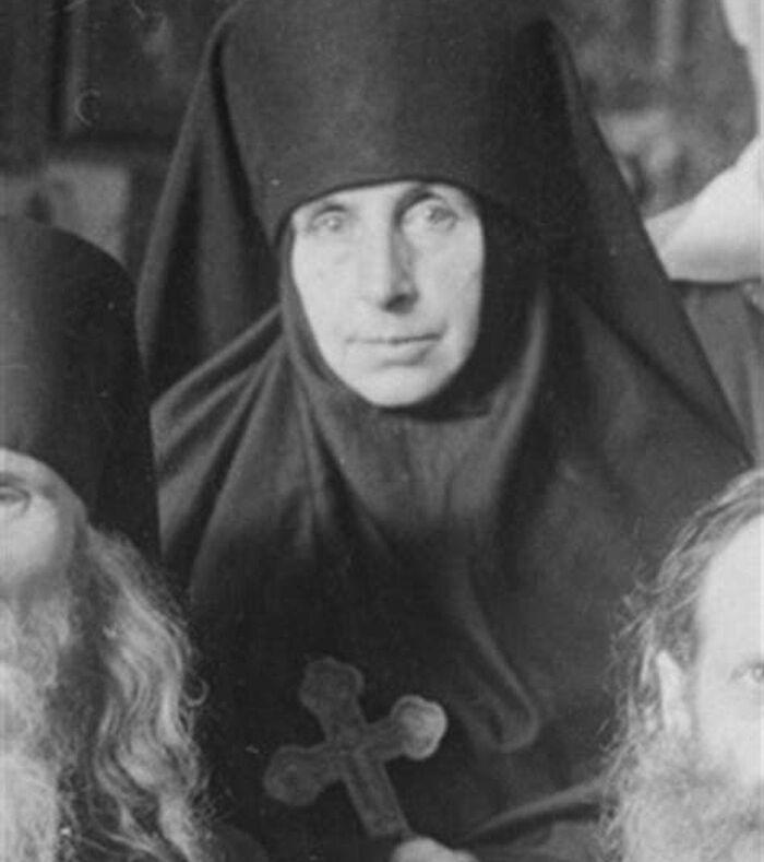 Η μοναχή Άννα (Κιπαρίσοβα)