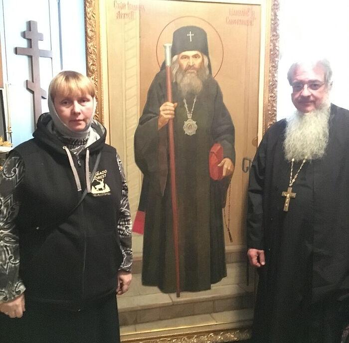 С иеромонахом (ныне епископом) Иаковом (Корацца) в келье святителя Иоанна Шанхайского в приюте святителя Тихона Задонского, Сан-Франциско
