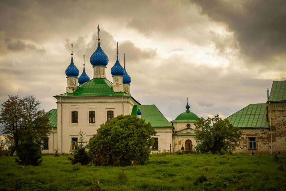 Ο Ιερός Ναός της Παναγίας του Σμολένσκ