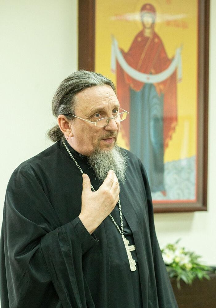 Священник Вячеслав Москалев