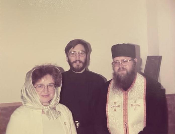 Павел и Сусанна Волменские с иеромонахом Иларионом после Пасхи, 1984 год, Джорданвилль