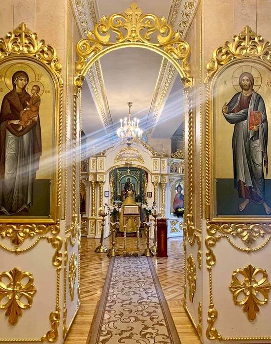 Храм Тихвинской иконы Божьей Матери в Андреевском подворье