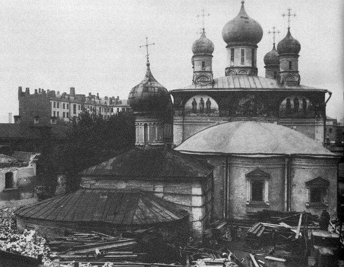 Разрушение Сретенского монастыря в 1920-е годы