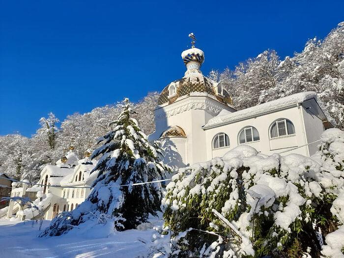 Троице-Георгиевский женский монастырь, Сочи, село Лесное