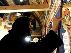 Serb nuns learn language of Albanian Muslims