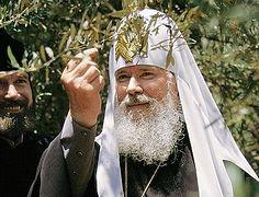 В годовщину со дня кончины Патриарха Алексия II митр. Арсений совершил панихиду в Елоховском соборе