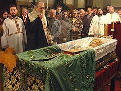 Есть ли смысл молиться за умерших?
