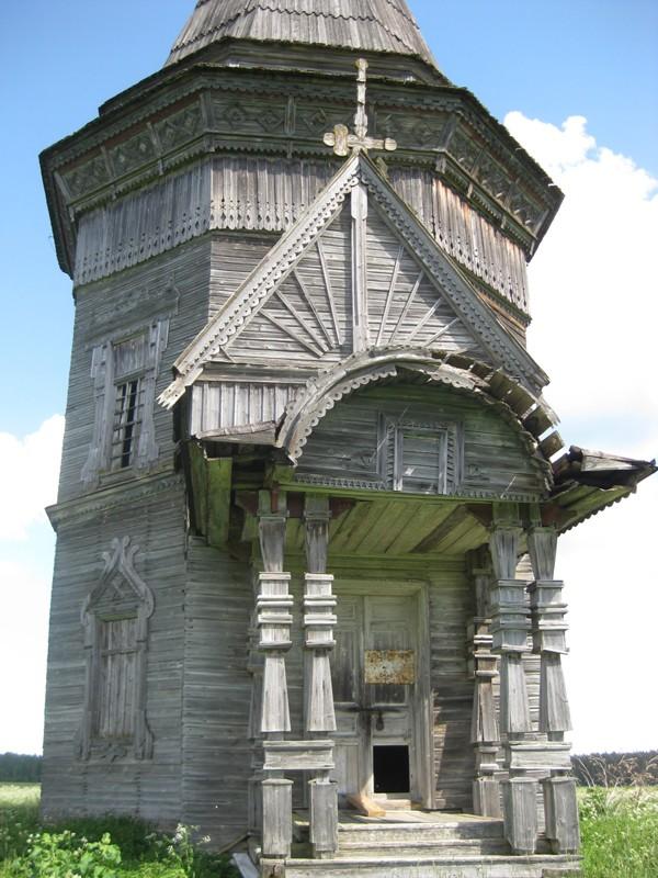 Деревня Печниково, Красная Ляга. Сретено-Михайловский храм (1655 г.) до противоаварийных работ