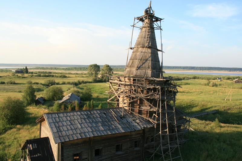 Деревня Сельцо. Храм пророка Илии (1798 г.) с колокольней (1800 г.)