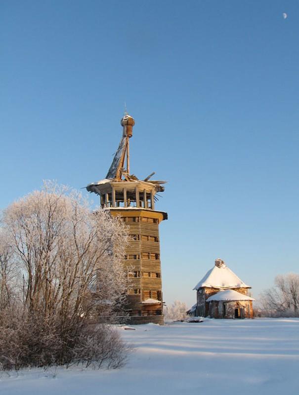 Деревня Сельцо. Храм пророка Илии с колокольней